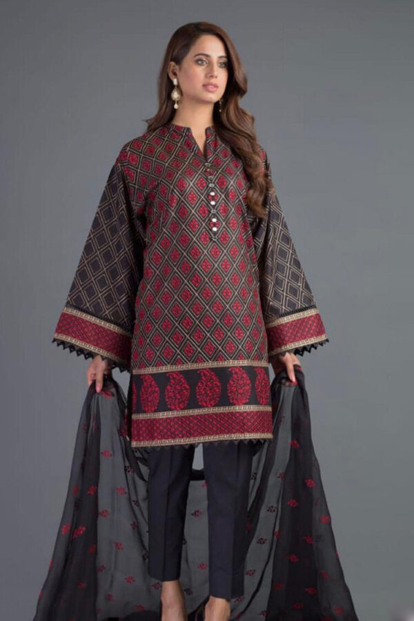 bareeze embroided lawn collection 2020